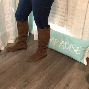 American Eagle Suede Leather Camel Boots 8.5 8 1/2